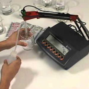Medidor de pH de mesa HI2221-02 Hanna Instruments