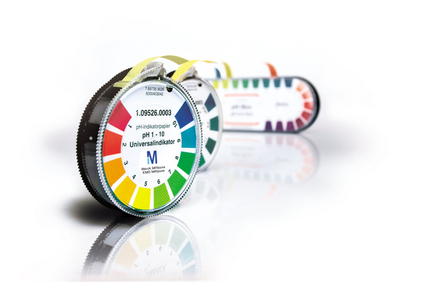 Papel indicador pH 1-10 Universal rollo (4.8 m) con escala colorimétrica pH 1-10 caja x 3 rollos Merck
